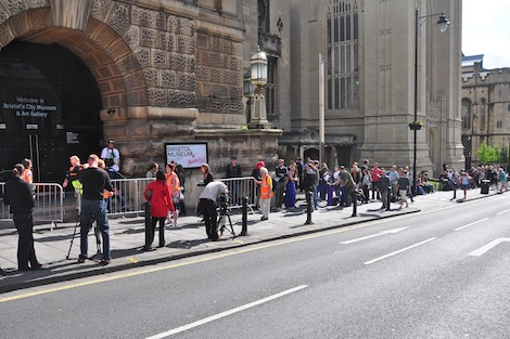 Queue for Banksy versus Bristol Museum