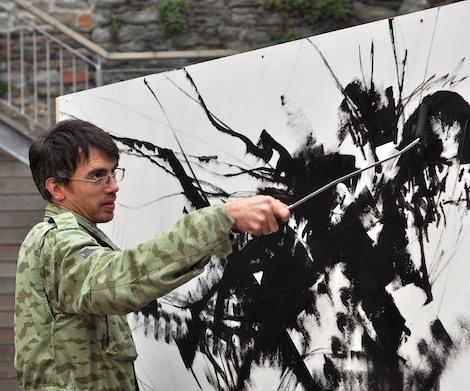 Mr Jago painting at Paintworks